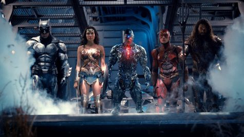From right to left: Batman, Wonder Woman, Cyborg, Flash, and Aquaman